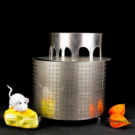 Форма для сыра на 3000-4000г из нержавеющей стали, цилиндрическая, перфорированная, разъемная, с поршнем и дном